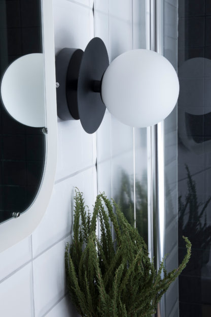 Art Deco vegg/tak IP44 sort/opal
