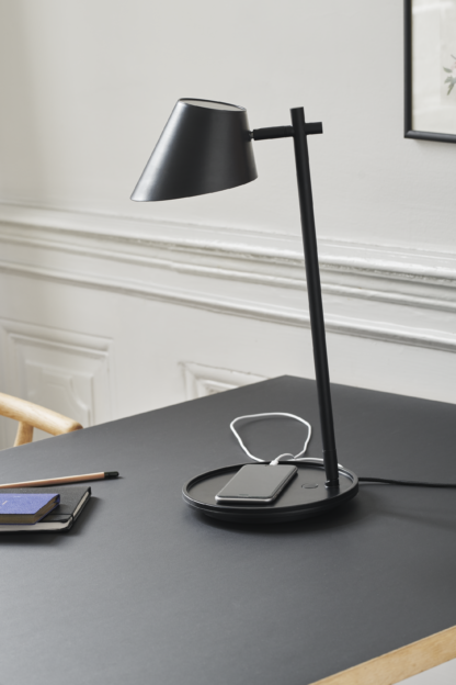 Stay bordlampe sort m/USB
